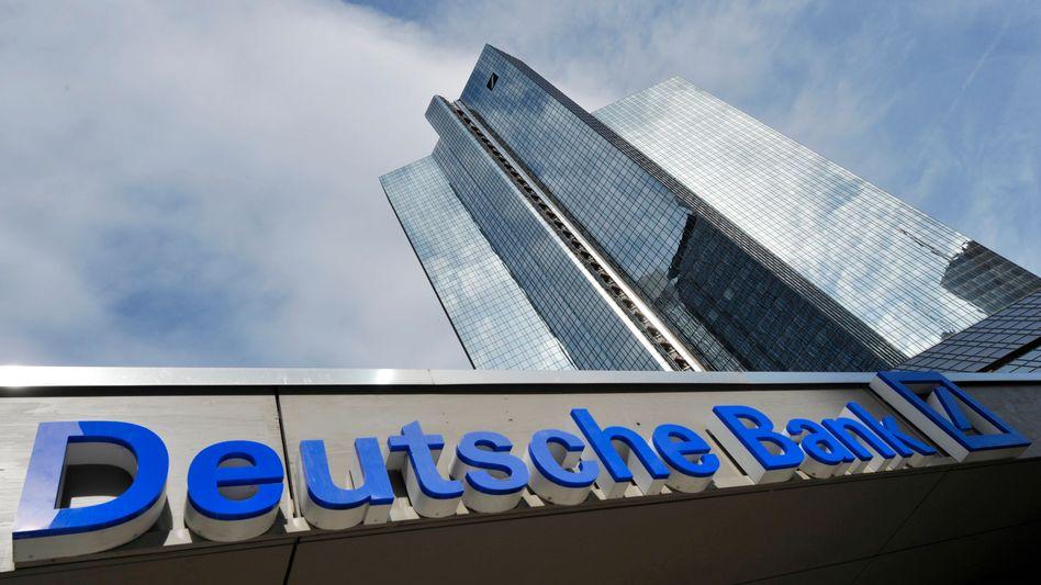 Schräges Bild: Der Bundesgerichtshof beschäftigt sich mit der Beratung der Deutschen Bank beim Verkauf von Zinsgeschäften an mittelständische Unternehmen