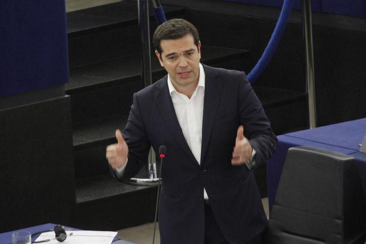 Immer wieder für eine Überraschung gut: Alexis Tsipras kommt mit seinen Reformvorschlägen den Gläubigern entgegen. Einige der Vorschläge der Gläubiger ließ er per Referendum ablehnen - um sie dann fast wortwörtlich zu übernehmen