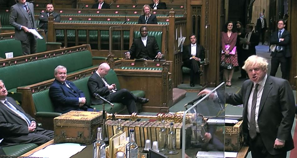Unterhaus stimmt zu: Großbritanniens Premier Johnson wirbt im Parlament für seinen Pakt mit der EU