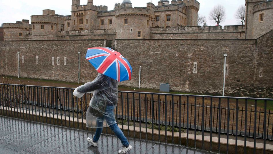 Tower of London: Splendid Isolation