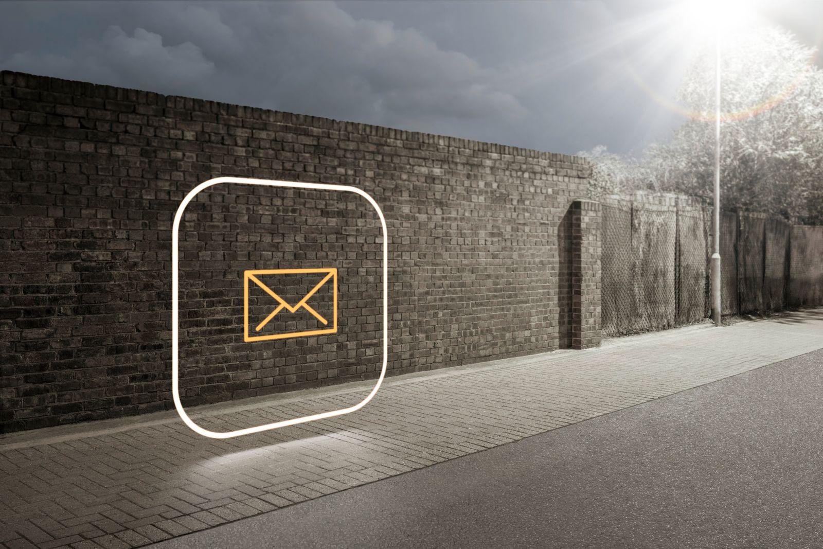 NICHT MEHR VERWENDEN! - Symbolbild E-Mail/ E-Mails/ Posteingang