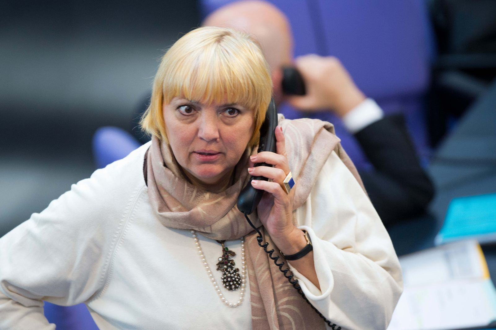 Bundestag Claudia Roth Telefon