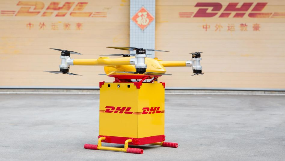 Lieferdrohne: Die erste innerstädtische Drohnen-Lieferroute in China ist in der südchinesischen Metropole Guangzhou in Betrieb gegangen. Zwischen zwei Landestationen bringen die Fluggeräte jeweils bis zu fünf Kilogramm schwere Kisten mit Express-Sendungen.