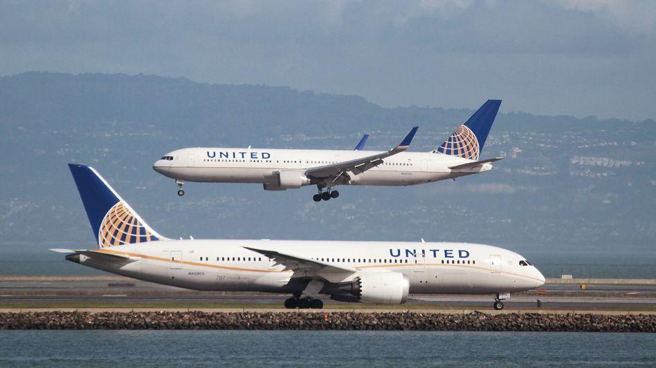 United Airlines: Überbucht - und raus mit dir