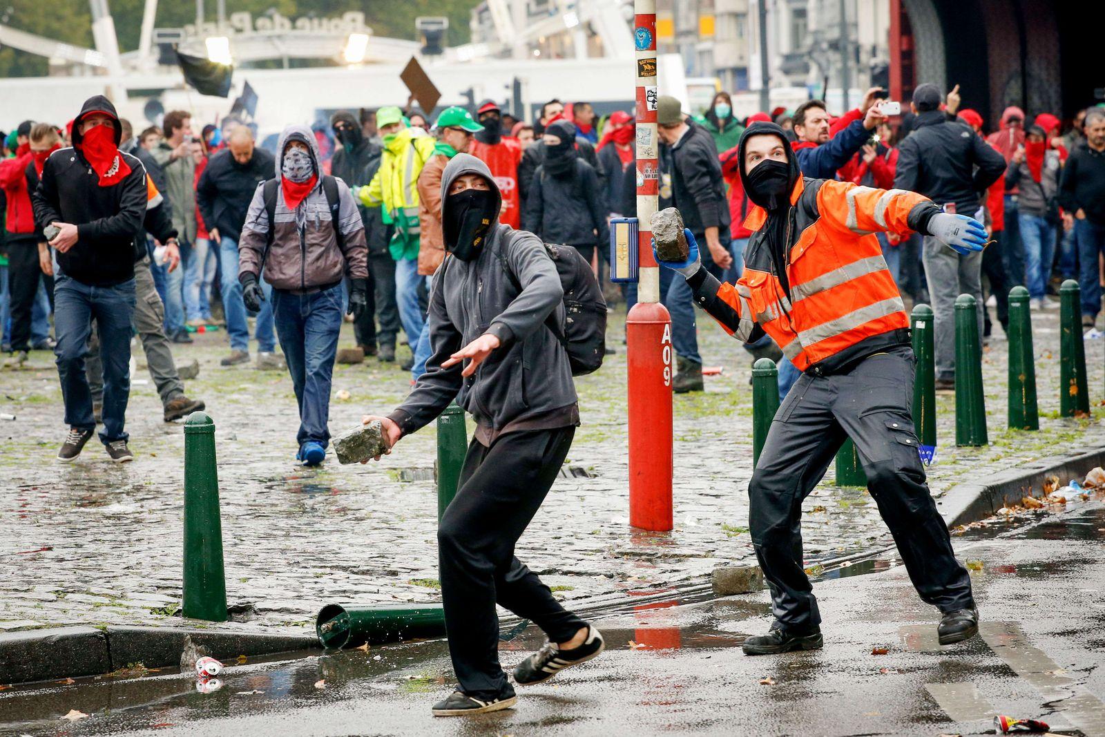 BRUSSELS-POLITICS-ECONOMY-PROTEST