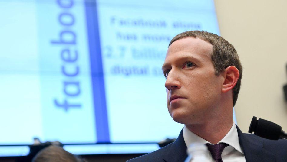 Facebook-Chef Mark Zuckerberg. Hate Speech und rassistische Inhalte werden zum Problem