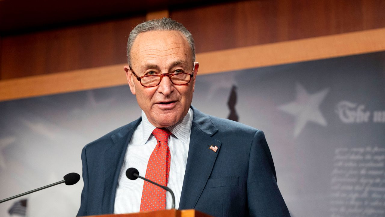 USA: Kongress beschließt zweitgrößtes Konjunkturpaket in der Geschichte des Landes - manager magazin - Politik