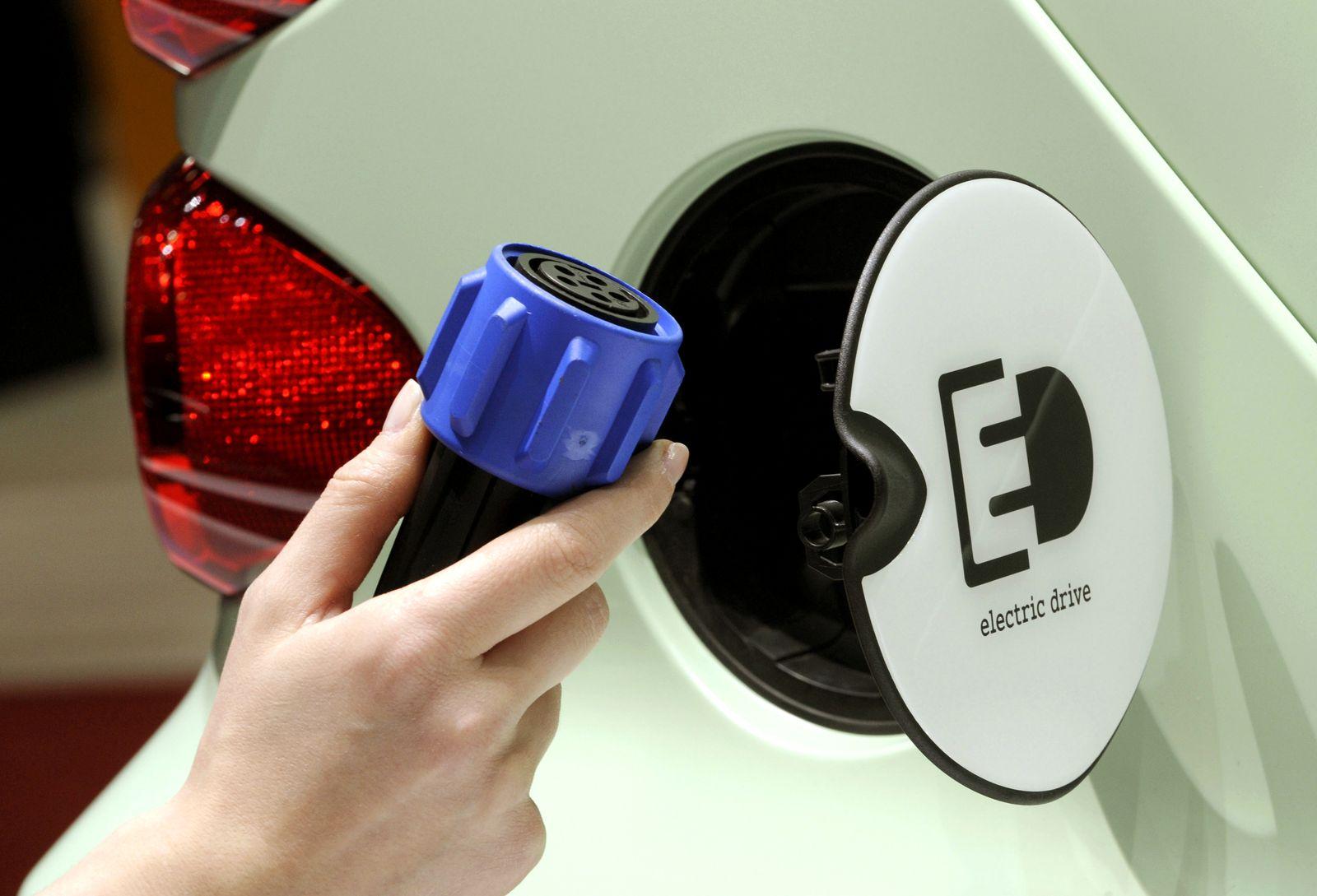 Elektroauto / Elektroautos / E-Auto