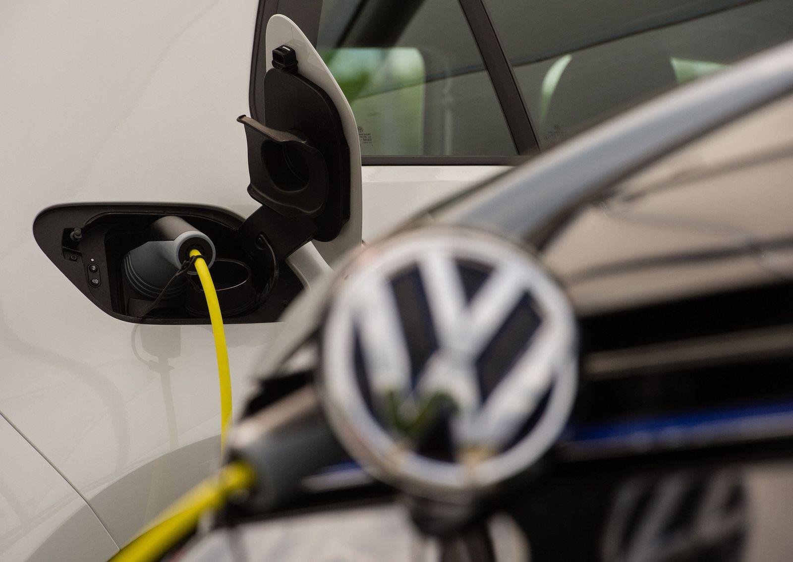 Produktion des Hybrid-Golf