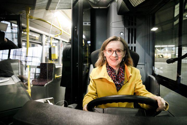 Nicht die Wunschkandidatin von Bahn-Chef Lutz: BVG-Chefin Siegrid Nikutta.