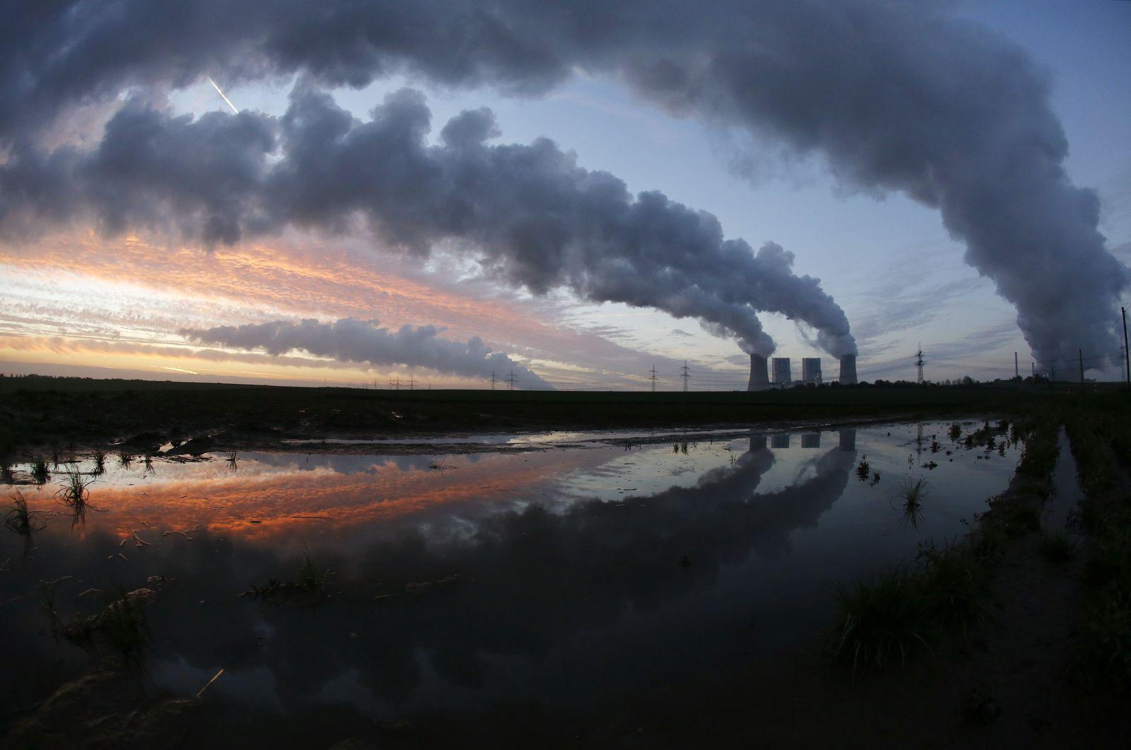 Kohlekraftwerk / Neurath