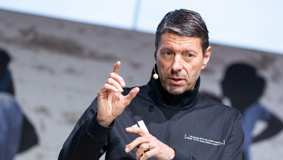 Adidas-Chef Kasper Rorsted: Wagt er eine Prognose, kann er gar bereits den Verkauf von Reebok an Finanzinvestoren verkünden?