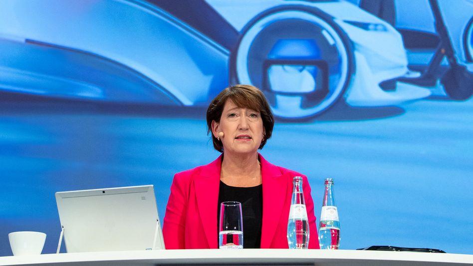 """Great Expectations: VDA-Chefin und Auto-Lobbyistin Hildegard Müller hoffte bei der Präsentation des neuen IAA-Konzepts für München auf eine """"Initialzündung"""" - die bleibt wohl eher aus"""