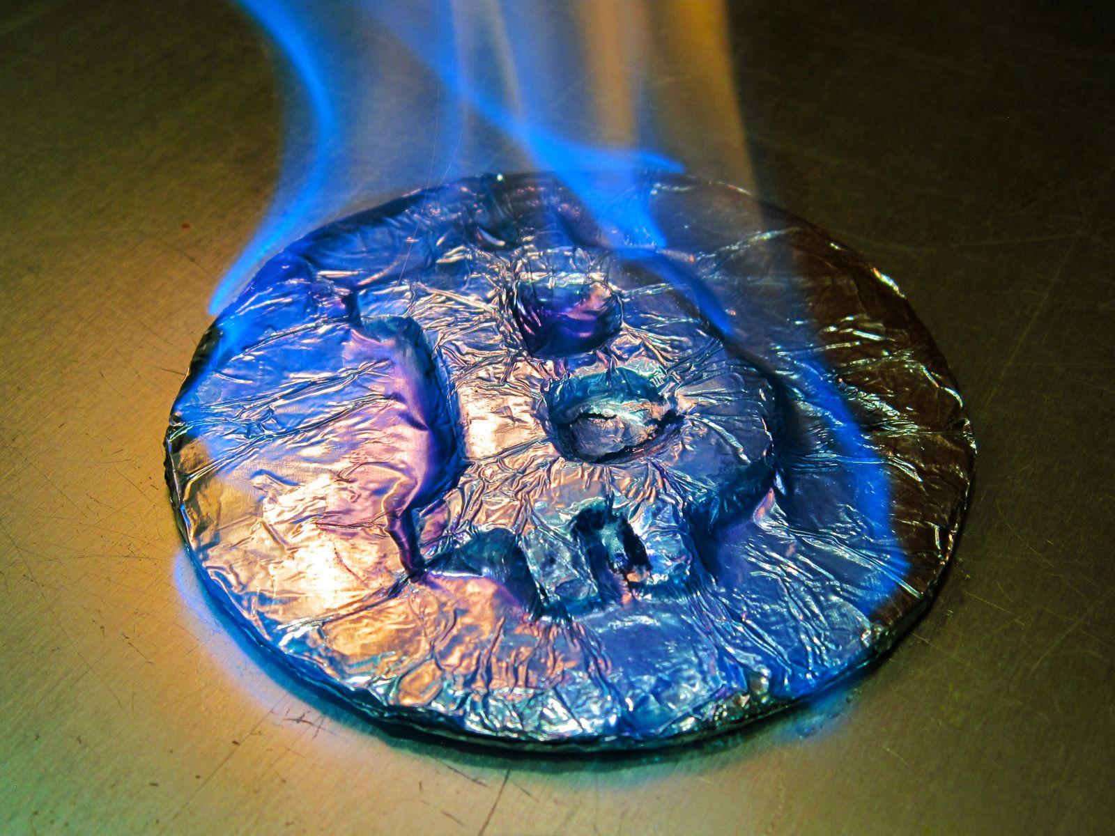 EINMALIGE VERWENDUNG Bitcoin brennt