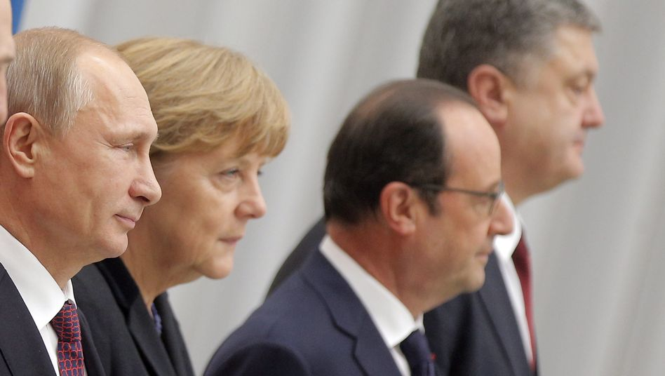 """Merkel (mit Putin, Hollande, Poroschenko): """"Noch viel Arbeit notwendig"""""""