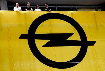 Angst um Arbeitsplätze: Opel-Beschäftigte wollen mit Lohnverzicht das Unternehmen retten