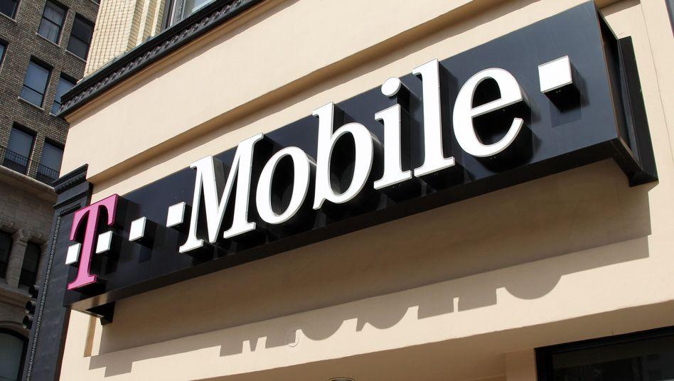 T-Mobile-Shop in USA: Spekulationen, dass der Branchendritte Sprint das US-Mobilgeschäft der Telekom übernehmen könnte, erhalten neue Nahrung
