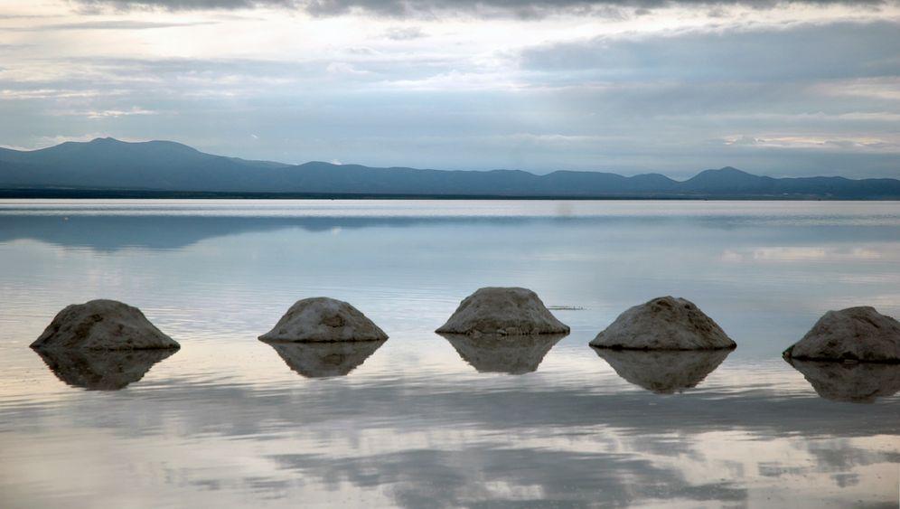 Reich durch Lithium: Boliviens Schatz im Silbersee