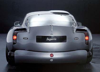 TVR-Sagaris-Heck mit Plexi-Spoiler: Leistung 400 PS, Gewicht 1050 Kilo, Spitzengeschwindigkeit über 300 km/h, von Null auf 100 in 3,8 Sekunden
