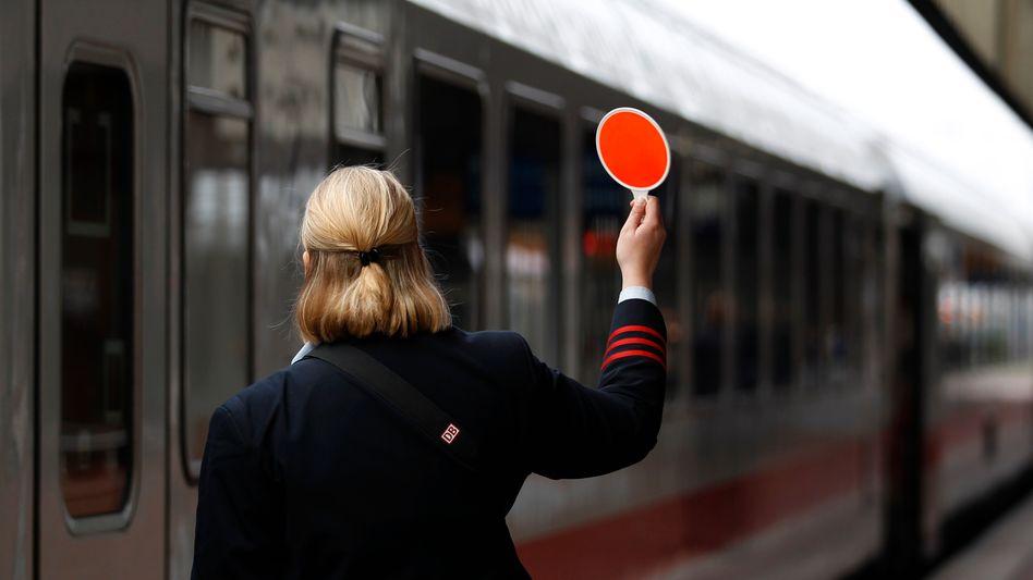 Die Zeichen stehen wieder auf Rot: GDL und Deutsche Bahn konnten sich nicht einigen, Reisende müssen mit neuen Streiks rechnen