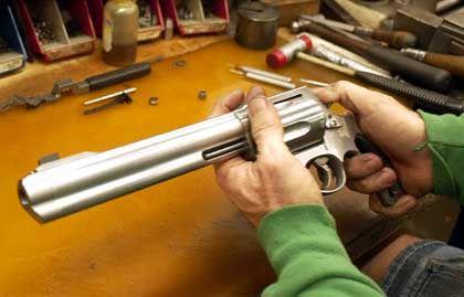 Magnum von Smith & Wesson: Imageproblem für den Waffenfabrikanten