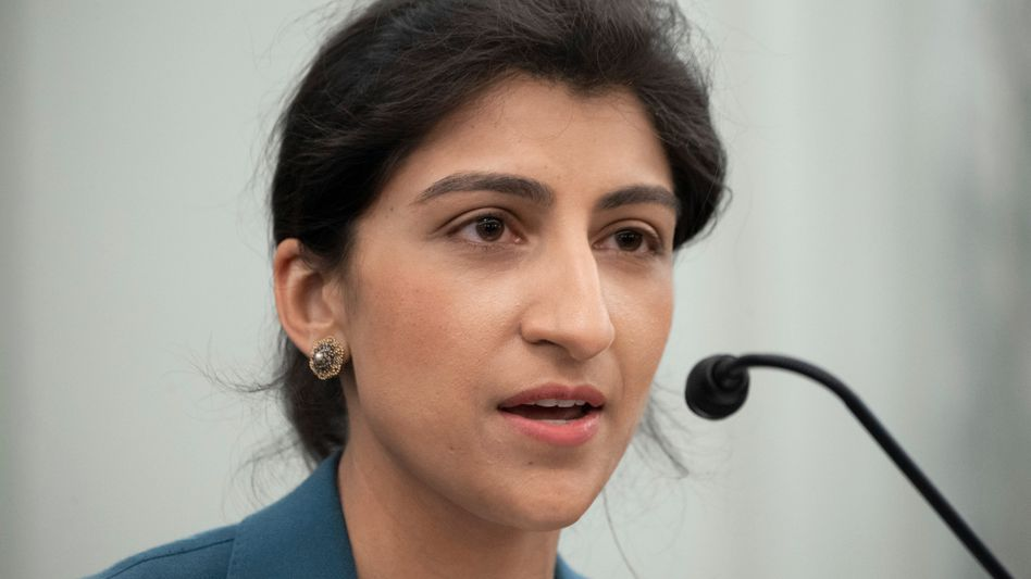 Die jüngste Vorsitzende in der Geschichte der FTC: Die 32-jährige Lina Khan übernimmt die Leitung der US-Wettbewerbsbehörde