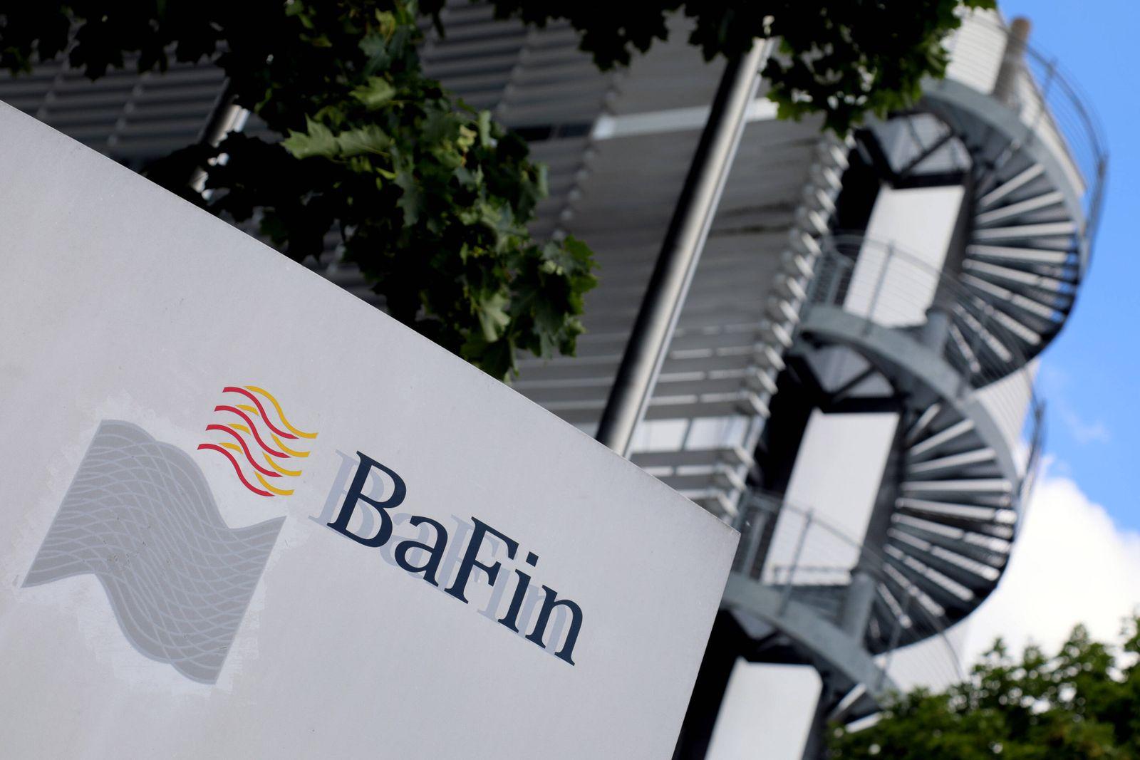 01.07.2020, Frankfurt, DEU Logo am Verwaltungsgebaeude der Bafin, der Bundesanstalt fuer Finanzdienstleistungsaufsicht,