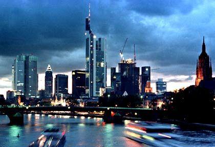 Unter Beschuss: Frankfurter Banken vergeben angeblich zu zögerlich Kredite an deutsche Unternehmen