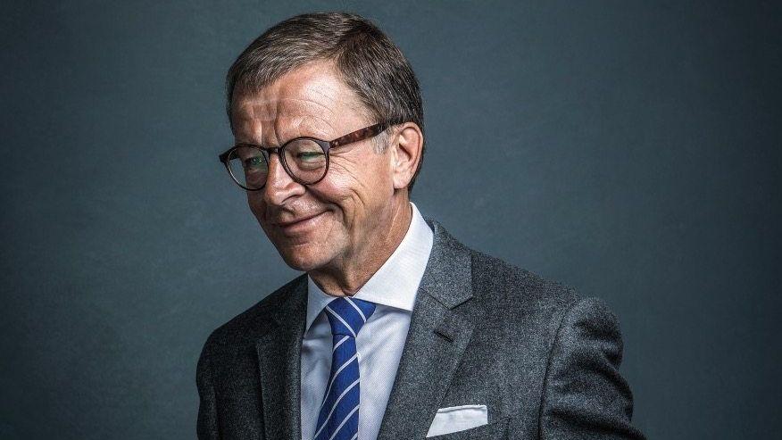 Der Konterrevolutionär: Jörg Wolle genießt seinen Aufstieg in die Beletage der Wirtschaft, einschließlich der zugehörigen Accessoires