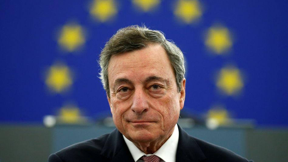 Geldschleusen auf: EZB-Chef Draghi dürfte zum Abschied die Geldpolitik noch weiter lockern