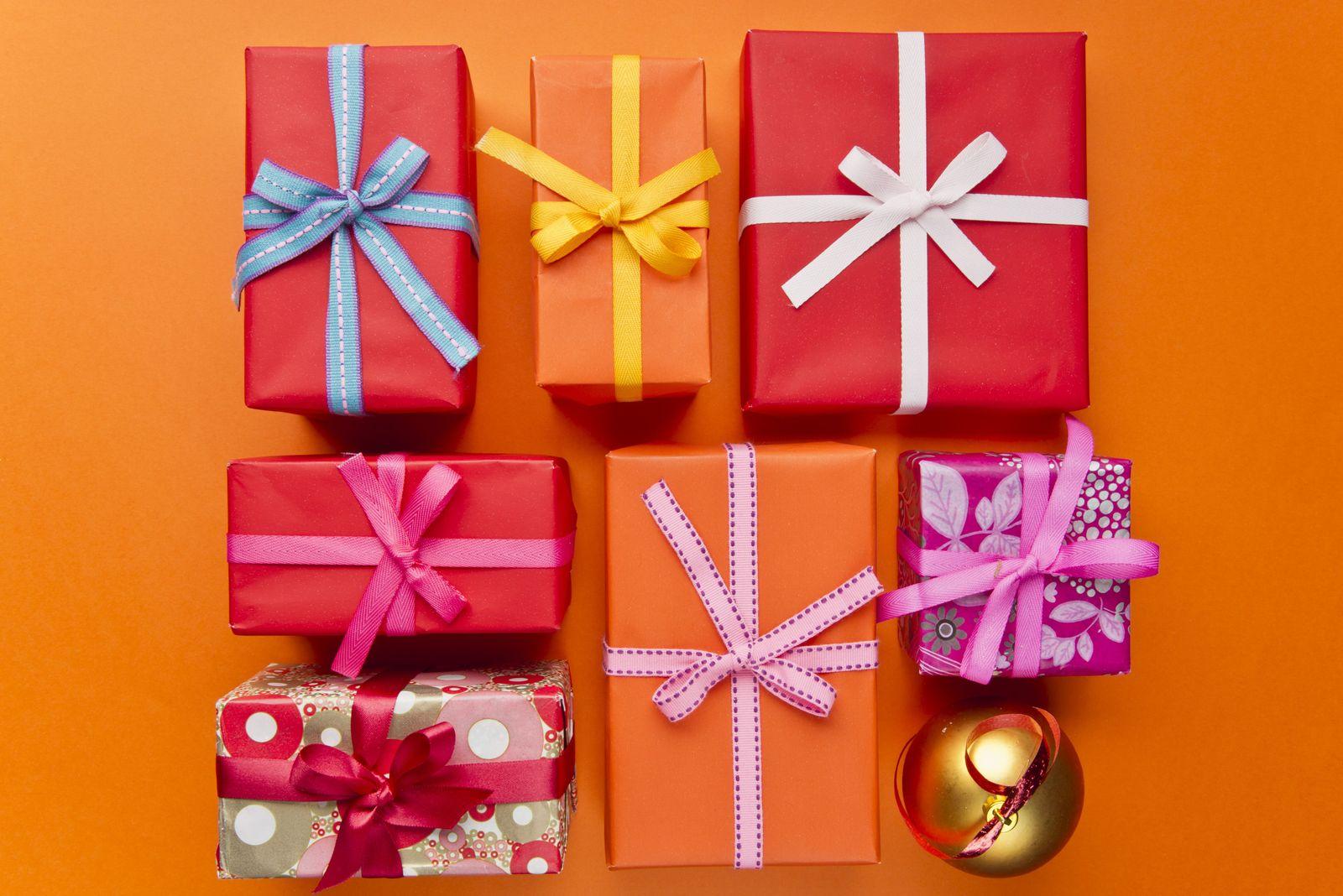 NICHT MEHR VERWENDEN! - Weihnachten / Weihnachtsgeschenke / Konsum / Geschenke