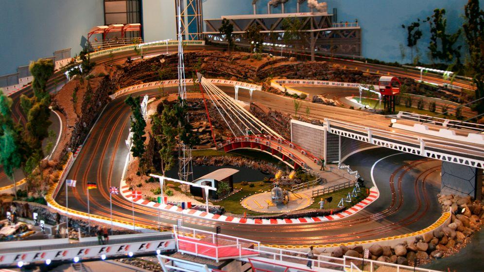 Riesenmodellrennbahn: Liliput für Motorsportler