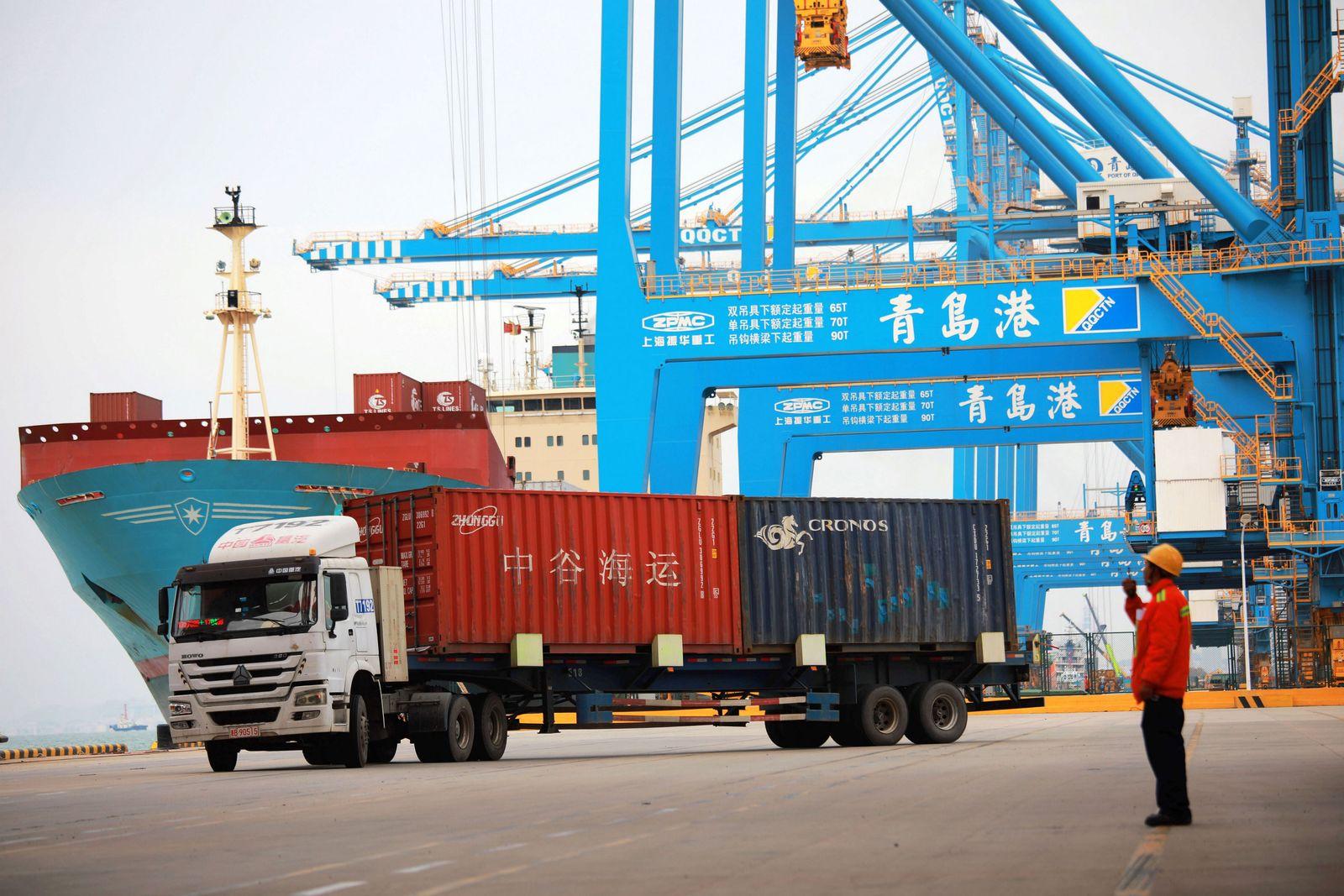 China / Container / Export / Import Außenhandel
