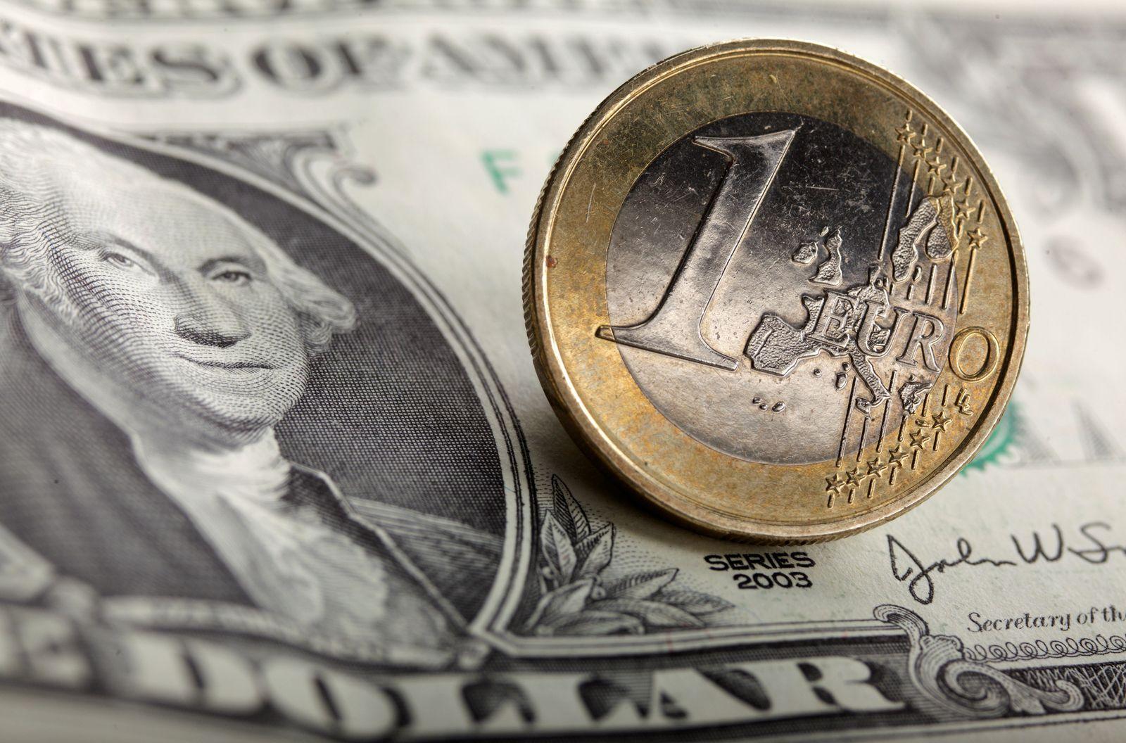 Euro / Dollar / Dollarnote