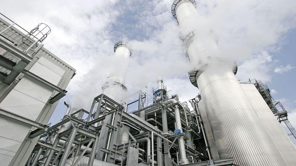 BASF-Stammwerk in Ludwigshafen: Der Chemieriese will im Zukunftsmarkt Elektromobilität mitmischen