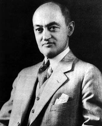 """Joseph A. Schumpeter: """"Es ist ein armseliges Ergebnis eines Lebenswerkes, zu der Erkenntnis zu gelangen, dass diese ganze verdammte Sache den verbrauchten Atem nicht wert ist."""""""