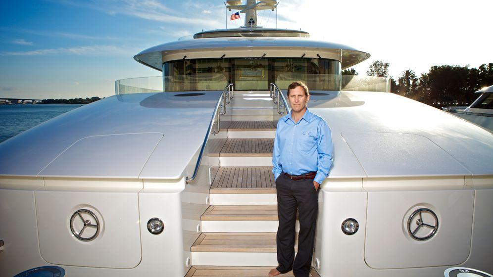 Yacht Aid Global: Hilfslieferungen vom Luxusschiff