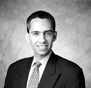 Ashish Singh ist Partner beim Beratungsunternehmen Bain & Company, Managing Director im neu eröffneten Büro in Neu Delhi und Leiter der weltweiten Healthcare Practice. Er studierte Betriebswirtschaftslehre am Harvard College und hat seinen MBA an der Harvard Business School gemacht.
