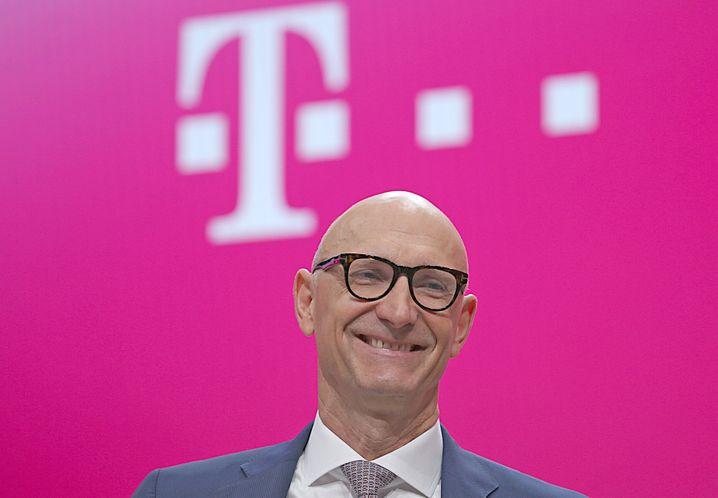 Geld für Wachstum in USA: CEO Tim Höttges hat die Dividende gekürzt