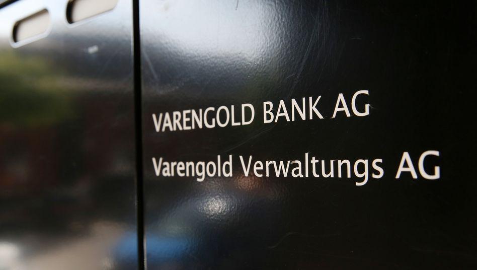 Firmenschild der Varengold Bank