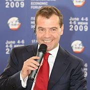 Handlungsbedarf erkannt: Russlands Präsident Medwedjew muss die Wirtschaft modernisieren