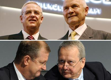 Machtvolle Quadriga: VW-Vorstand Winterkorn (oben links), Volkswagen-Pate Piëch, Wolfgang Porsche, Porsche-Vorstand Winterkorn (im Uhrzeigersinn)