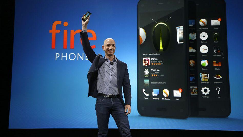 Einfallstor ins mobile Payment-Geschäft: Amazon-Chef Jeff Bezos bei der Präsentation des Fire phone