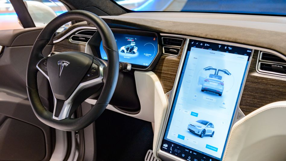 Je älter desto anfälliger: Touchscreen in Model X
