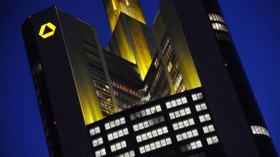 Ein Partner für die Deutsche Bank? Die Deutsche Bank hatte weitreichende Überlegungen über die Commerzbank angestellt - bishin zu einer möglichen Fusion.