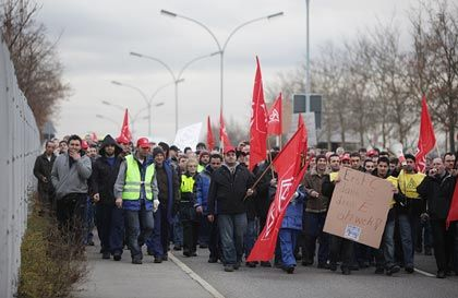 Demonstration in Sindelfingen (03.12.2009): Proteste gegen Kürzungen
