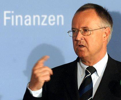 Finanzminister Eichel: Staat könnte wichtige und schnell wirkende Impulse setzen