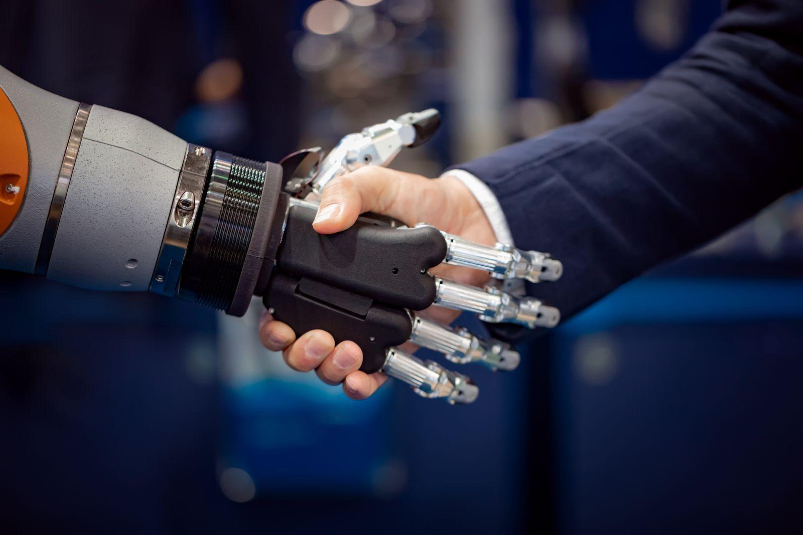 EINMALIGE VERWENDUNG Hand Roboter / menschliche Hand