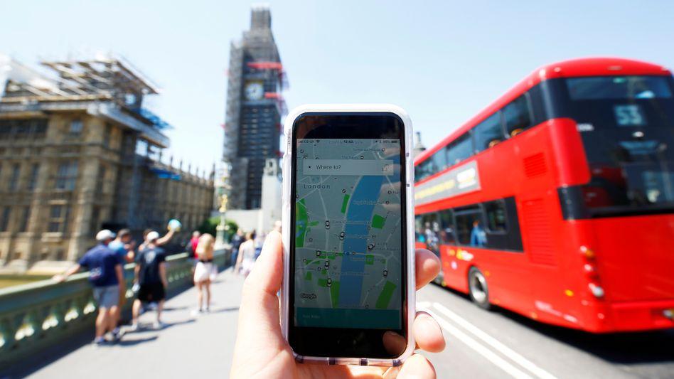 Uber: Die Londoner Nahverkehrsbehörde TfL hat dem Fahrdienst-Vermittler die Lizenz entzogen