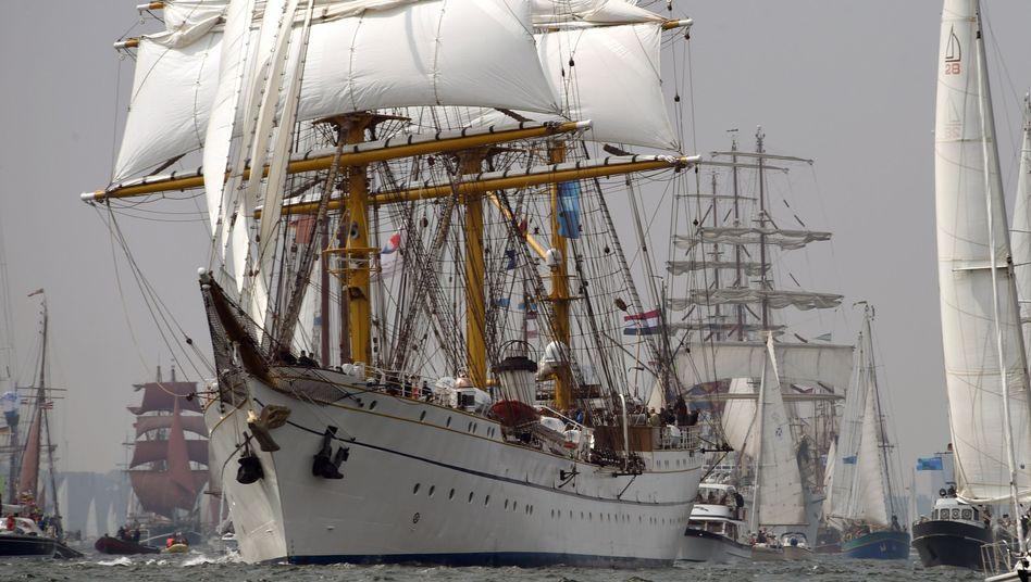 """Bild aus besseren Zeiten: Das Segelschulschiff """"Gorch Fock"""" bei der Kieler Woche 2015"""